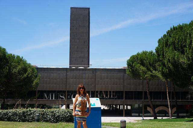 10c2f86e5ab8 El Museo del Traje se viste de moda española de lo más internacional ...